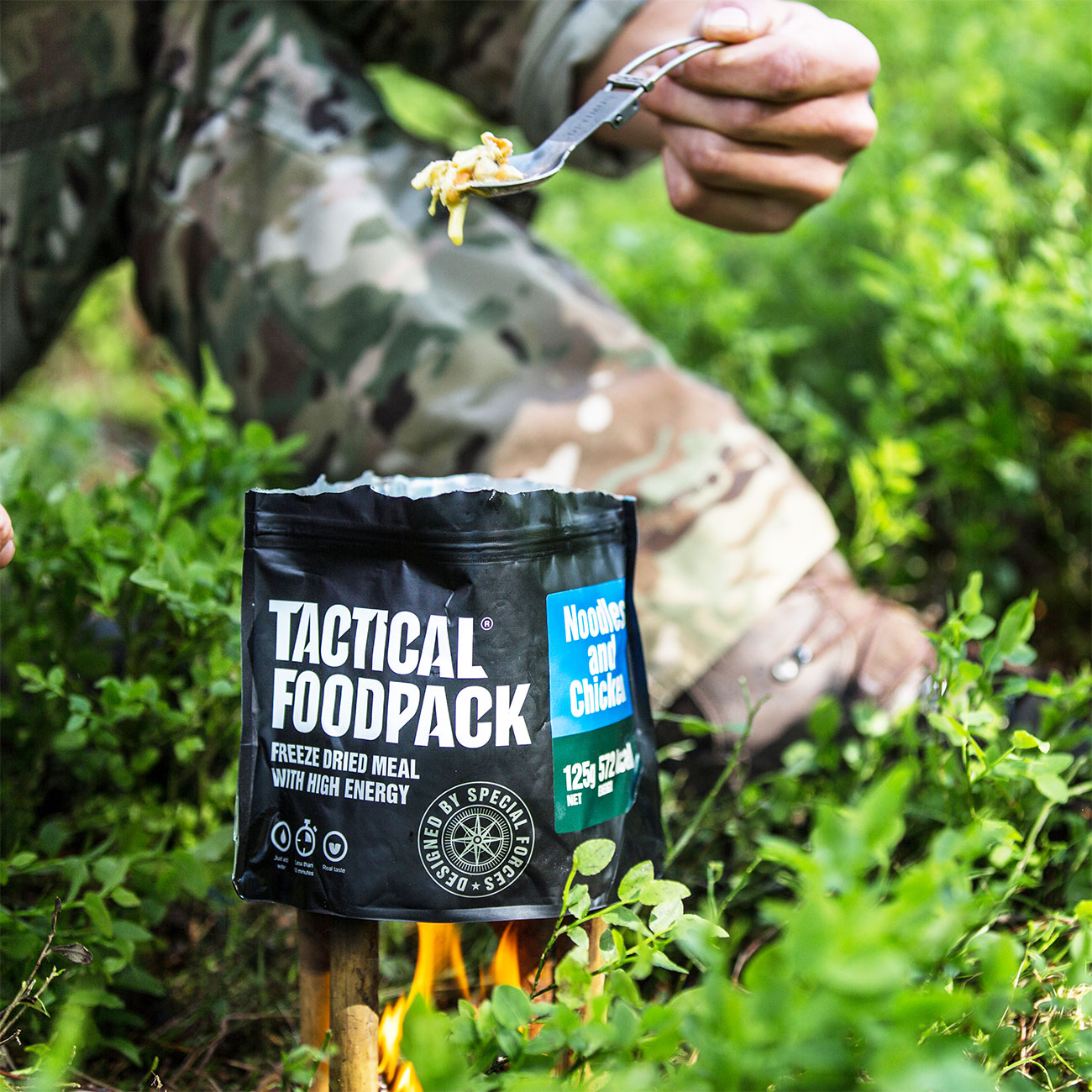Tactical Foodpack Outdoor Mahlzeit Hühnchen mit Nudeln 6