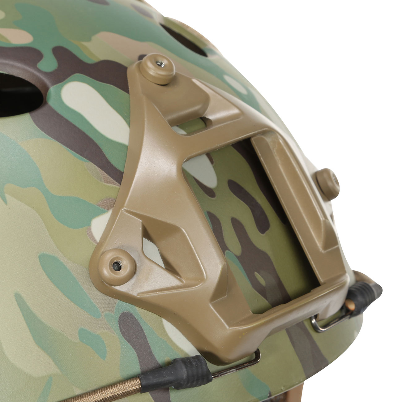 Nuprol FAST Railed Airsoft Helm mit NVG Mount MC-Camo 6