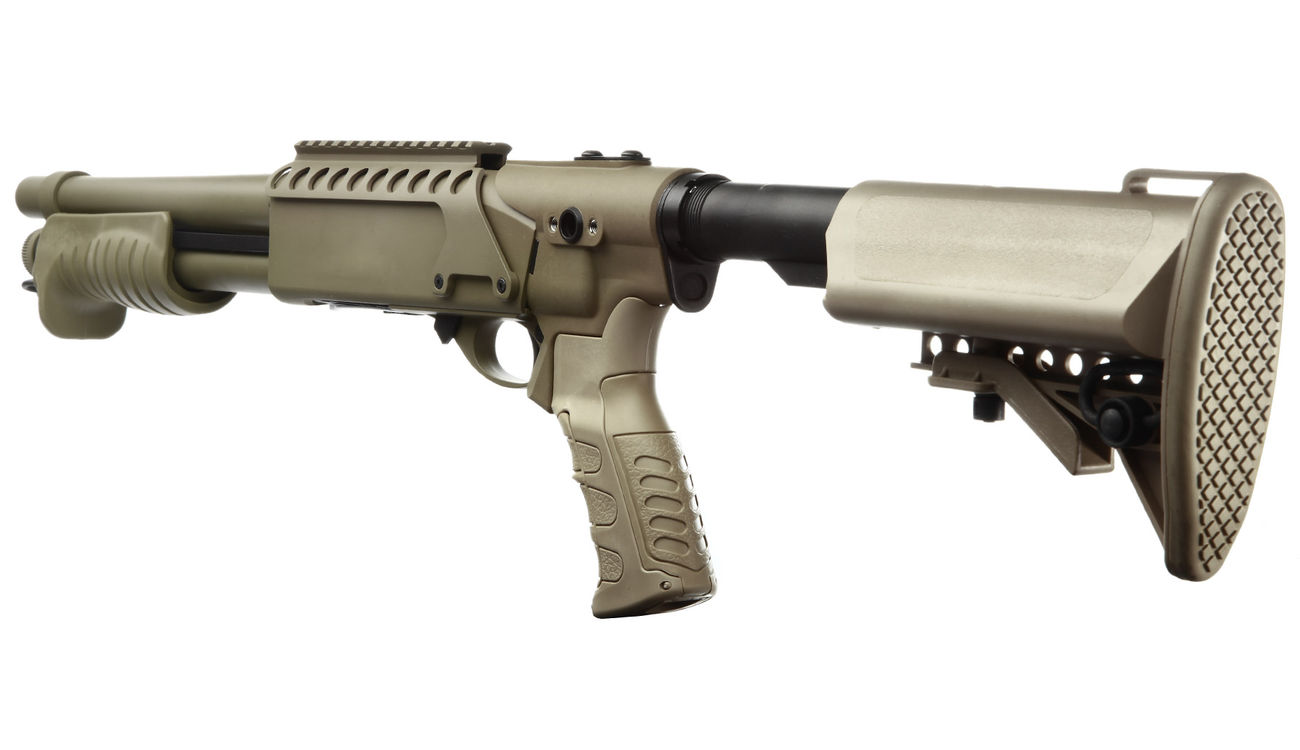 G&P M870 Combat Shorty Shotgun Vollmetall Springer 6mm BB Dark Earth Tan 3