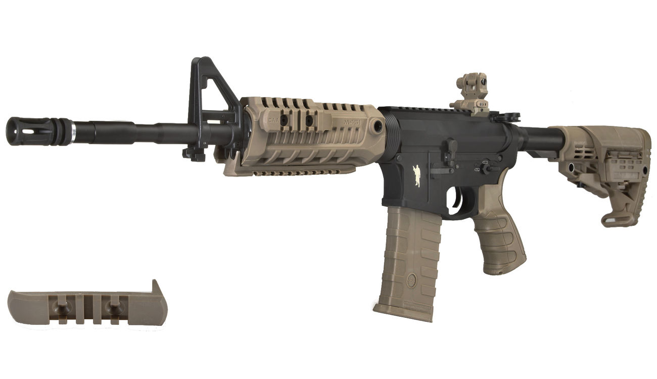 CAA Airsoft Division M4 Carbine Vollmetall S-AEG 6mm BB Dark Earth 0