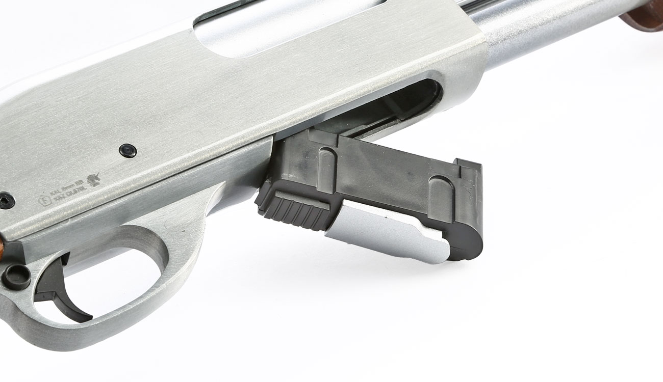 Qingliu M870 Long-Type Shotgun Vollmetall Echtholz Springer 6mm BB silber 9