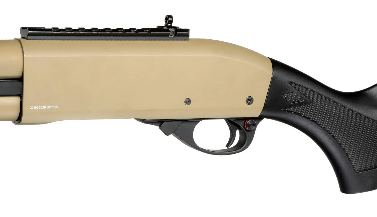Golden Eagle M8872 Vollmetall Pump Action Gas Shotgun 6mm BB Tan 7