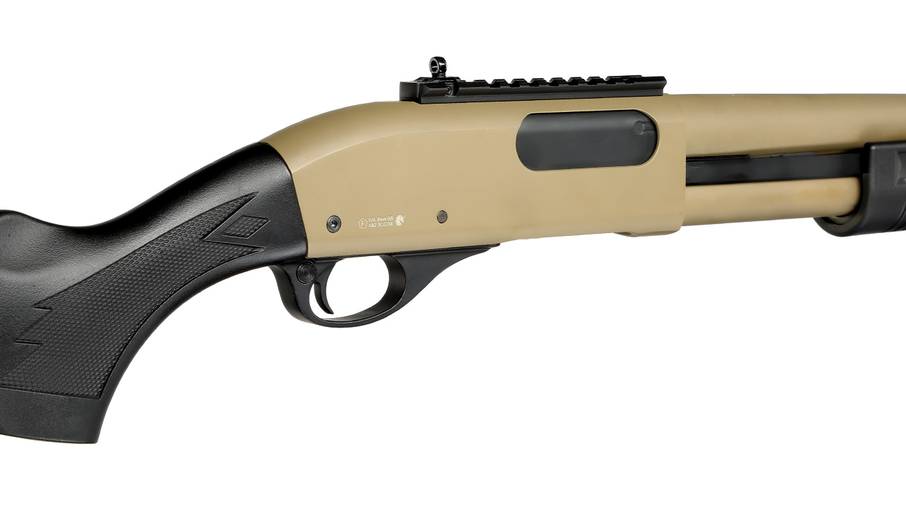 Golden Eagle M8872 Vollmetall Pump Action Gas Shotgun 6mm BB Tan 8