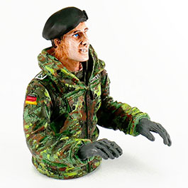 Torro Modellbau Halbfigur Panzerkommandant Leopard 1:16