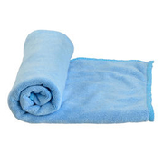 Care Plus Microfaserhandtuch Travel Towel 40 x 80 cm blau